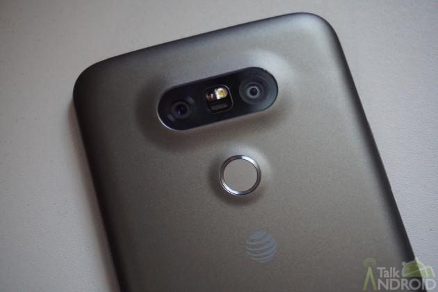 lg_g5_camera_closeup_top_TA
